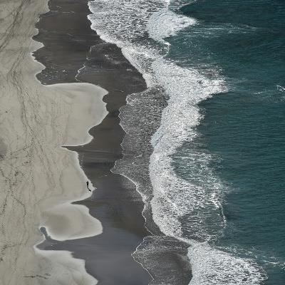 Running Waves-Lex Molenaar-Photographic Print