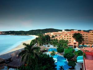 Gala Resort, Bahias De Huatulco, Huatulco, Oaxaca, Mexico by Russell Gordon