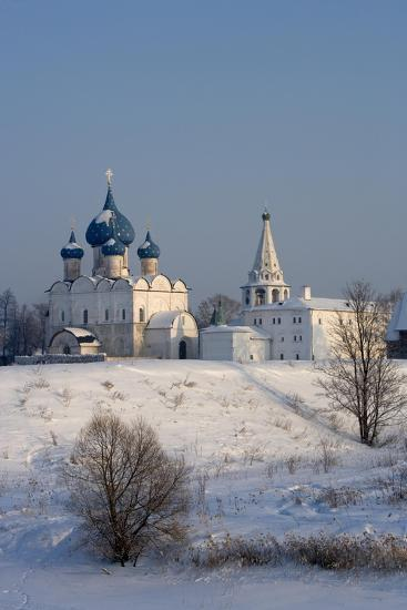 Russia, Golden Ring, Suzdal, Kremlin and Cathedral of Nativity of Virgin--Giclee Print