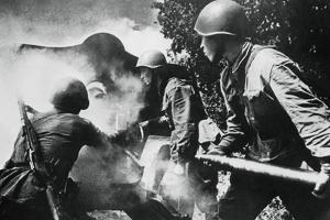 Russian Artillery in Action, Eastern Front, 1943