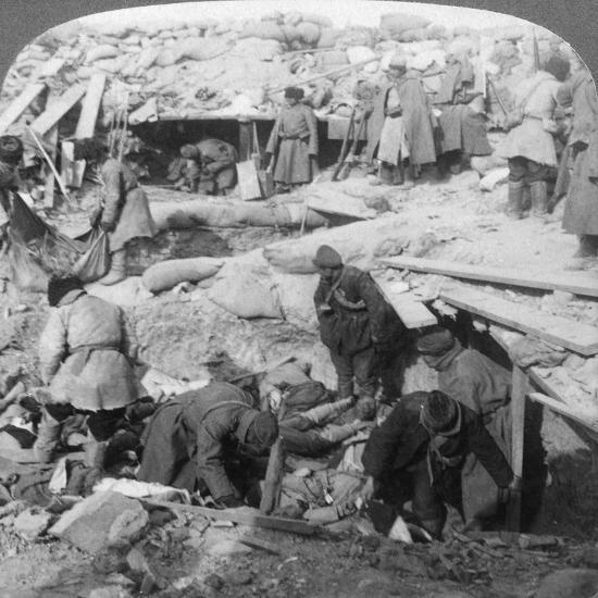 Russians Burying Japanese Dead Inside a Fort, Port Arthur, Manchuria, Russo-Japanese War, 1905-Underwood & Underwood-Giclee Print