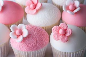 Wedding Cupcakes by Ruth Black