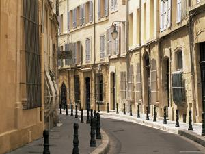 Rue Des Epinaux, Aix-En-Provence, Bouches-Du-Rhone, Provence, France, Europe by Ruth Tomlinson