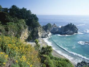 Spectacular Coastline with Waterfall, Julia Pfeiffer Burns State Park, Big Sur, USA by Ruth Tomlinson