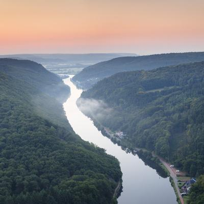 https://imgc.artprintimages.com/img/print/saar-loop-grosse-saarschleife-seen-from-cloef-viewing-point-germany_u-l-q12soi90.jpg?p=0