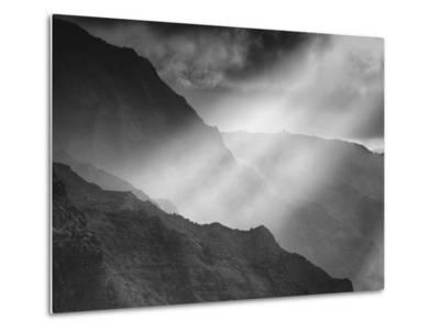Sacred Light and the Na Pali Coast, Kauai Hawaii-Vincent James-Metal Print