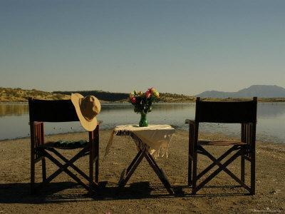 https://imgc.artprintimages.com/img/print/safari-setting-along-the-shores-of-lake-magadi-southern-kenya_u-l-p2x9lo0.jpg?p=0