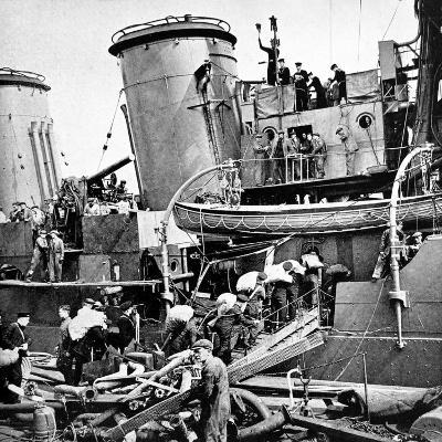 Sailors Carrying Potatoes onto HMS 'Coventry', Second World War--Photographic Print