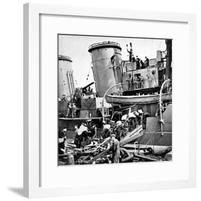 Sailors Carrying Potatoes onto HMS 'Coventry', Second World War--Framed Photographic Print