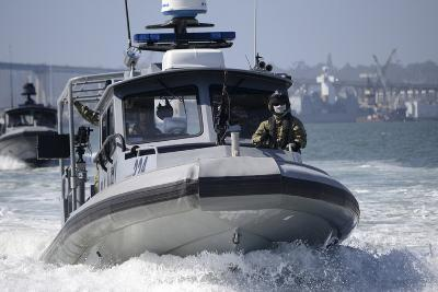 Sailors Conduct Training in Small Boat Defensive Tactics in San Diego Bay--Photographic Print