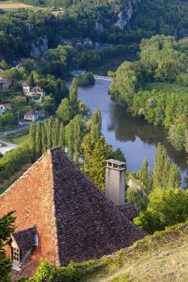Saint-Cirq-Lapopie in the Lot Valley, Midi-Pyrenees, France-Brian Jannsen-Photographic Print