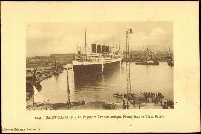 Saint Nazaire, Dampfer France, Hafen, CGT--Giclee Print