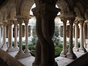 Saint-Sauveur Cathedral Cloister, Aix-En-Provence, Bouches Du Rhone, Provence, France, Europe
