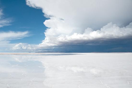 Salar De Uyuni, Salt Flat in Bolivia-Alberto Loyo-Photographic Print