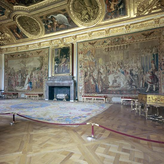 Salon de Mars at the Palace of Versailles, 17th century-Unknown-Photographic Print