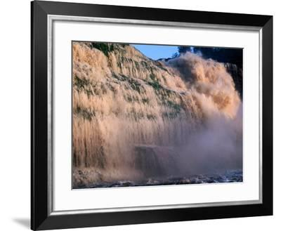 Salto Hacha Waterfalls, Canaima, Venezuela-Krzysztof Dydynski-Framed Photographic Print