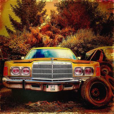 Retro Americana Vintage Yellow Car