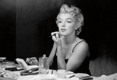 Marilyn Monroe ? Back Stage by Sam Shaw