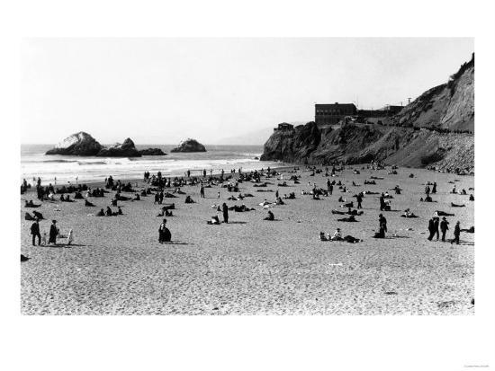 San Francisco, CA Cliff House and Beach Scene Photograph - San Francisco, CA-Lantern Press-Art Print