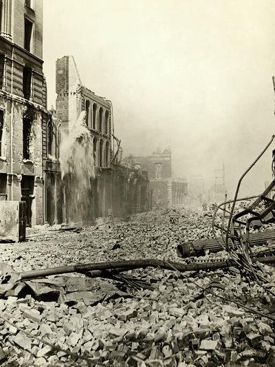 San Francisco Earthquake Rubble--Photographic Print
