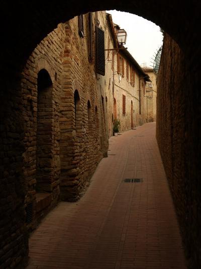 San Gimignano, Tuscany, Italy-Keith Levit-Photographic Print