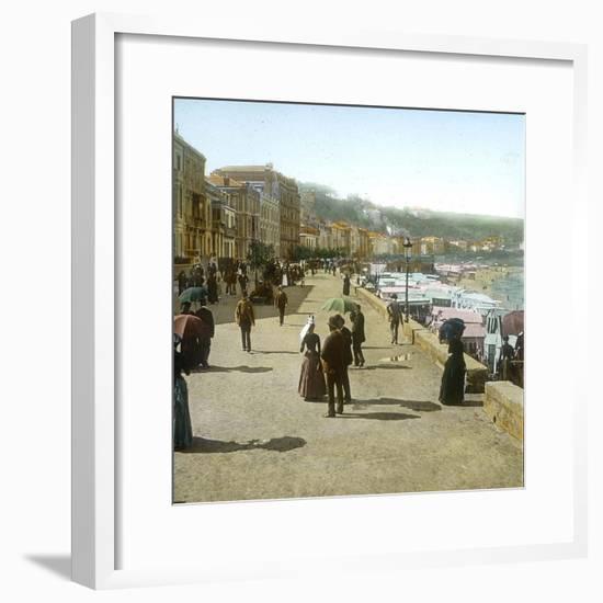 San Sebastian (Spain), the Paseo of La Concha and the Beach, Circa 1885-1890-Leon, Levy et Fils-Framed Photographic Print