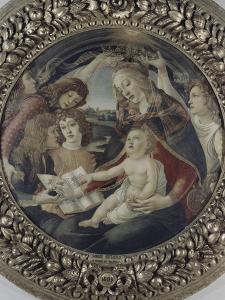La Vierge à l'enfant et cinq anges (Vierge du Magnificat) by Sandro Botticelli