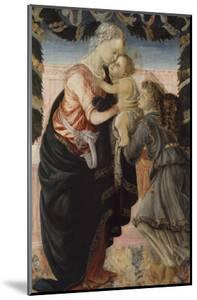Vierge à l'Enfant soutenu par un ange by Sandro Botticelli