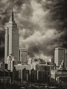 Empire State 7 by Sandro De Carvalho