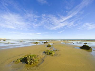 Sandy Beach at Low Tide, Valdez Peninsula-John Eastcott & Yva Momatiuk-Photographic Print