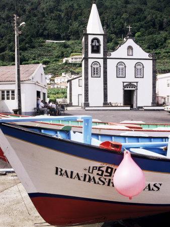 https://imgc.artprintimages.com/img/print/santa-cruz-church-ribeiras-island-of-pico-azores-portugal-atlantic_u-l-p1glpd0.jpg?p=0