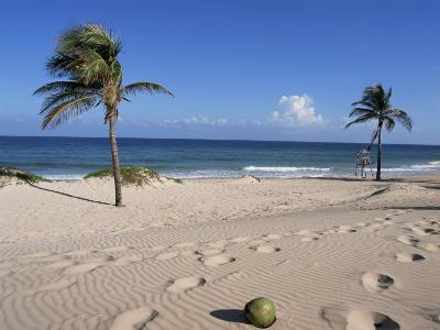 Santa Maria Del Mar, Cuba, West Indies, Central America-Mark Mawson-Photographic Print