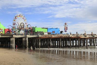 Santa Monica Pier, Pacific Park, Santa Monica, Los Angeles, California, Usa-Wendy Connett-Photographic Print