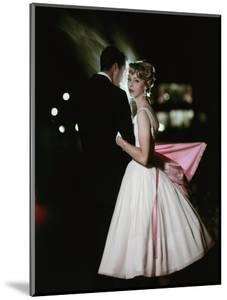 Glamour - October 1957 - Stylish Young Couple at Night by Sante Forlano