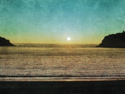 Sao Martinho Sunset-Pete Kelly-Giclee Print