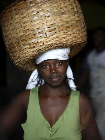https://imgc.artprintimages.com/img/print/sao-tomense-woman-carries-basket-full-of-cocoa-beans-cocoa-processing-plant-in-agua-ize-sao-tome_u-l-p8yiix0.jpg?p=0