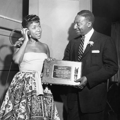 Sarah Vaughan Receives Honor - Chicago 1955-Isaac Sutton-Photographic Print