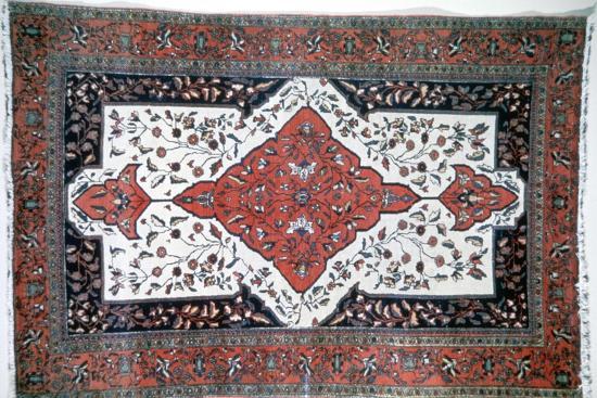 Sarouk rug, Persia. Artist: Unknown-Unknown-Giclee Print