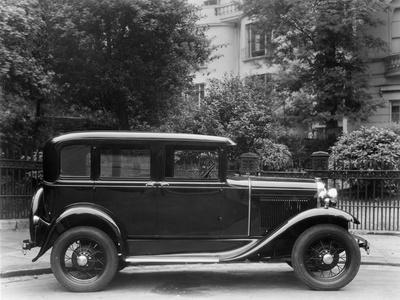 Ford Saloon