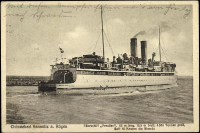 Sassnitz Rügen, Autofährschiffe Preußen, Abfahrt--Giclee Print