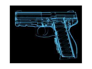 Pistol by sauliusl