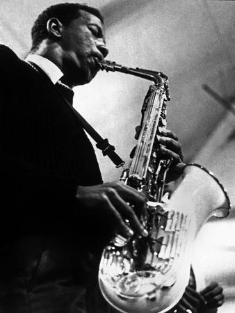 https://imgc.artprintimages.com/img/print/saxophoniste-ornette-coleman-c-1959_u-l-pwgka10.jpg?p=0
