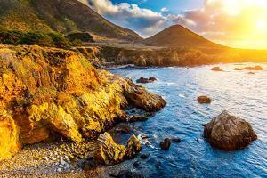 Pacific Ocean Coast, California, USA by sborisov