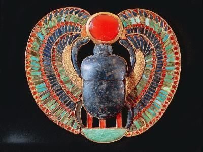 Scarab Pectoral, from the Tomb of Tutankhamun, in the Valley of the Kings at Thebes, c. 1361-52 BC--Giclee Print