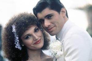 SCARFACE, 1983 directed by BRIAN by PALMA Elizabeth Mastrantonio and Steven Bauer (photo)