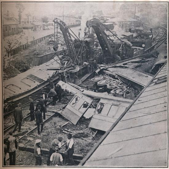 Scene of the Terrible Railway Disaster at Salisbury, 1906-Unknown-Photographic Print