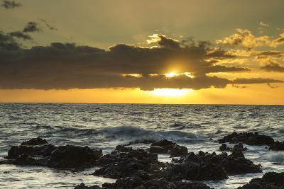 Scenic of Ocean Sunset, Kihe, Maui, Hawaii, USA-Jaynes Gallery-Photographic Print