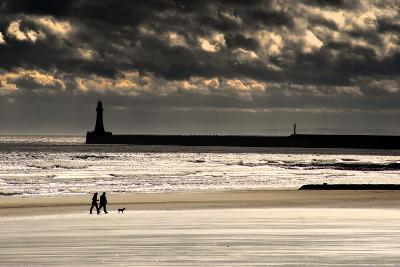 Scenic View of Sandy Beach with Lighthouse and Groyne; Sunderland, Tyne and Wear, England, Uk-Design Pics Inc-Photographic Print