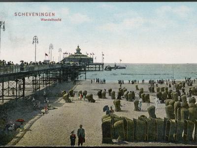 Scheveningen: Beach and Pier--Photographic Print