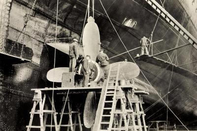 Schiffsschraube Der Ms Milwaukee Der Hapag--Giclee Print